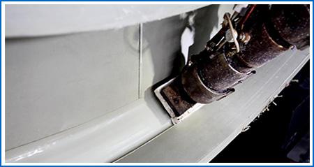 底部内底焊接枪,保证内底机械自动焊接